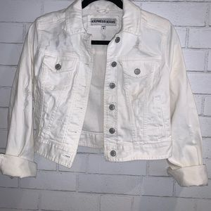 White Fitted Distressed Denim Jacket